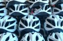 """Educazione alla sicurezza stradale, la campagna """"Col casco non ci casco"""" segue le tappe del Giro d'Italia"""