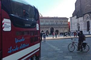 Qualità dell'aria, in arrivo 40 milioni di euro: verso l'acquisto di altri 300 nuovi bus ecologici