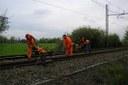 Bologna-Piacenza, manutenzione del ponte ferroviario sul torrente Crostolo